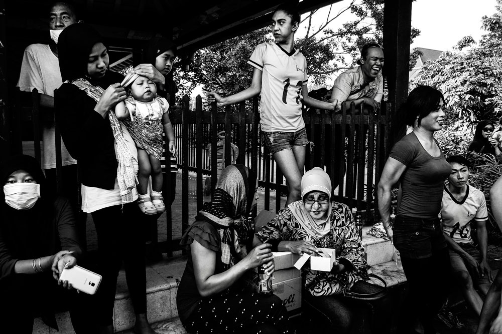waria Indonesia foto Bugani vincitore World Press Photo